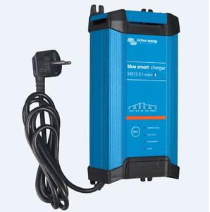 Blue Smart IP22 Charger 24 V /16 A et 3 sorties